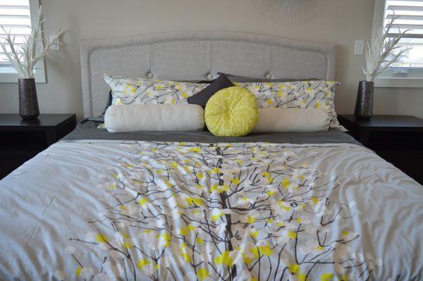 lit et matelas à mémoire de forme